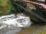 Příbramsko přes noc zasáhly vytrvalé deště, Litavka v Čenkově hlásí první stupeň (1)