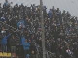 Polonahým fanouškům Baníku v Příbrami zima nebyla (39)