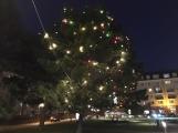 Náměstí 17. listopadu se připravuje na adventní víkendy (2)