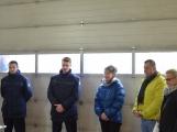 Profesionální hasiči z Dobříše dostali nový přívěs pro záchranný člun (6)