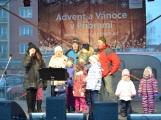 Páteční den patřil na náměstí převážně dětem (1)