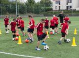 Na Spartaku trénují mladí fotbalisté, mají svůj letní kemp (6)