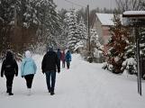 Zimní Brdy uvítaly účastníky pochodu pořádnou sněhovou nadílkou (64)
