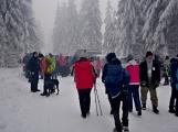 Zimní Brdy uvítaly účastníky pochodu pořádnou sněhovou nadílkou (98)