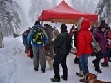 Zimní Brdy uvítaly účastníky pochodu pořádnou sněhovou nadílkou (78)