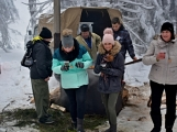 Zimní Brdy uvítaly účastníky pochodu pořádnou sněhovou nadílkou (15)