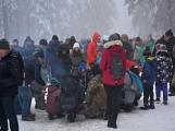 Zimní Brdy uvítaly účastníky pochodu pořádnou sněhovou nadílkou (16)
