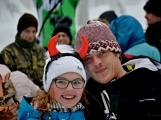 Zimní Brdy uvítaly účastníky pochodu pořádnou sněhovou nadílkou (41)
