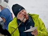 Zimní Brdy uvítaly účastníky pochodu pořádnou sněhovou nadílkou (44)