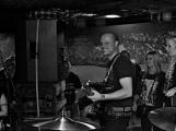 Narozeniny kapely Soukromey pozemek naplnily Bunggrr k prasknutí (80)