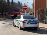U Svaté Hory zasahují hasiči, ulice Na Leštině je nyní uzavřena (2)