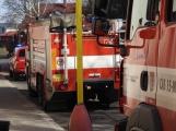 U Svaté Hory zasahují hasiči, ulice Na Leštině je nyní uzavřena (5)