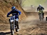 S jarním oteplením vyrazili motocyklisté nejen na silnice, ale i do terénu (17)