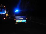 Série dopravních nehod nekončí ani po půlnoci, k další byl přivolán i záchranářský vrtulník (19)