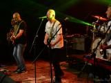 Dvě legendární kapely rozvášnily Březnici (56)