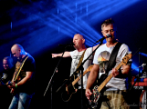 Dvě legendární kapely rozvášnily Březnici (59)