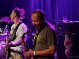Dvě legendární kapely rozvášnily Březnici ()