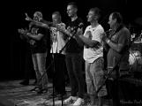 Dvě legendární kapely rozvášnily Březnici (14)