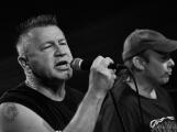 Dvě legendární kapely rozvášnily Březnici (21)