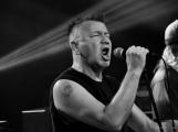Dvě legendární kapely rozvášnily Březnici (22)