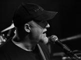 Dvě legendární kapely rozvášnily Březnici (13)