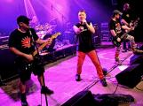 Dvě legendární kapely rozvášnily Březnici (32)