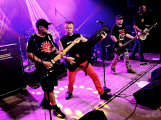 Dvě legendární kapely rozvášnily Březnici (34)