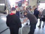 Děti se seznámily s prací hasičů ()