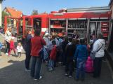 Děti se seznámily s prací hasičů (12)