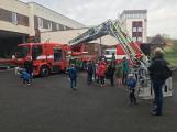 Děti se seznámily s prací hasičů (9)
