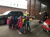 Děti se seznámily s prací hasičů (6)