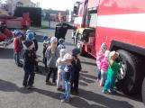 Děti se seznámily s prací hasičů (2)