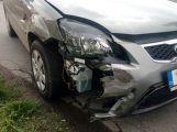 U Sedlčan se srazily dva vozy ()