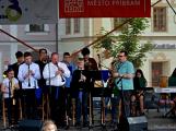 Náměstím zněl swing, rock, ale i krásné české dudy (82)