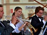 Náměstím zněl swing, rock, ale i krásné české dudy (17)