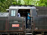 Na nádraží opět zasyčela pára a zasupěla parní lokomotiva (1)