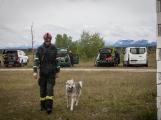 Příbramští záchranní psi vyzkoušeli sutinový trenažér (3)