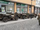 Motorkáři a plechovkáři přejeli českou Route 66 (21)