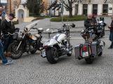 Motorkáři a plechovkáři přejeli českou Route 66 (24)