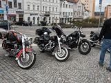 Motorkáři a plechovkáři přejeli českou Route 66 (13)