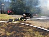 Aktuálně: Plameny zachvátily budovu na dětském táboře. Na místě je třicet dětí (30)