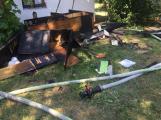 Aktuálně: Plameny zachvátily budovu na dětském táboře. Na místě je třicet dětí (10)