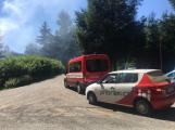 Aktuálně: Plameny zachvátily budovu na dětském táboře. Na místě je třicet dětí (13)