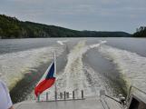 Hladinu Orlické přehrady křižovaly čluny Policie ČR a Státní plavební správy (46)