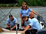 Hladinu Orlické přehrady křižovaly čluny Policie ČR a Státní plavební správy (1)