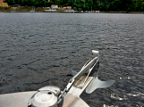 Hladinu Orlické přehrady křižovaly čluny Policie ČR a Státní plavební správy (17)