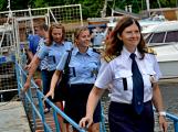 Hladinu Orlické přehrady křižovaly čluny Policie ČR a Státní plavební správy ()