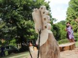 Petrovicko zkrášlí další dřevěné sochy (1)