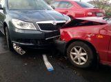 Nehoda tří vozů uzavřela silnici na Hluboš (4)