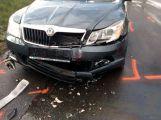 Nehoda tří vozů uzavřela silnici na Hluboš (5)